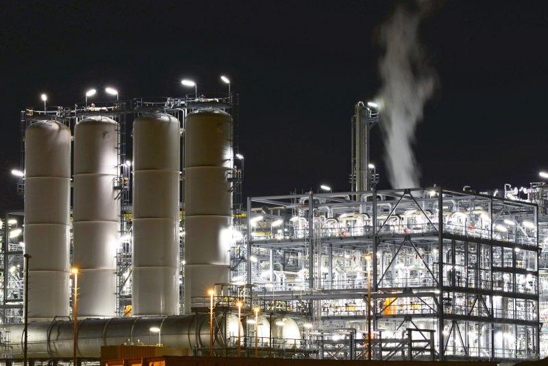 industria illuminazione- affineria
